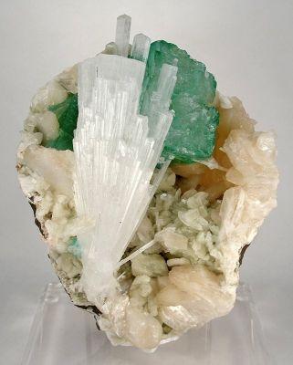 Scolecite, Apophyllite, Stilbite