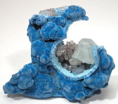 Shattuckite, Calcite