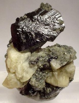 Sphalerite, Dolomite, Marcasite