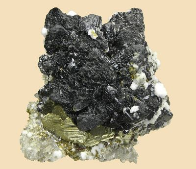 Sphalerite, Chalcopyrite, Quartz, Calcite, Epidote