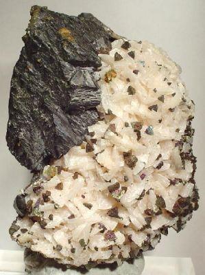 Sphalerite, Dolomite, Chalcopyrite