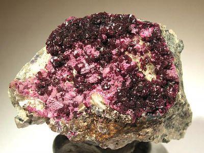 Spherocobaltite, Erythrite