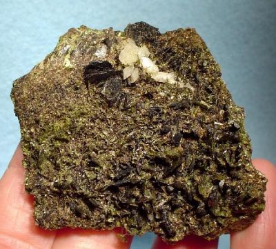Stilpnomelane, Adularia, Epidote
