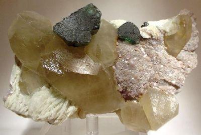Tourmaline (Var: Indicolite), Tourmaline, Quartz (Var: Smoky Quartz), Lepidolite, Albite (Var: Cleavelandite)