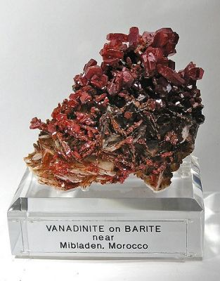 Vanadinite, Baryte