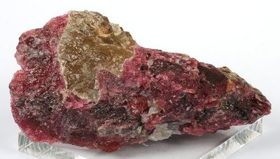 Vlasovite, Gittinsite, Eudialyte