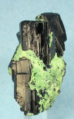 Azurite on Bayldonite