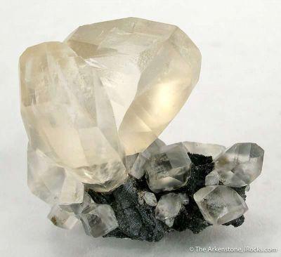 Calcite (Twinned)