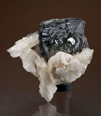 Albite With Hematite