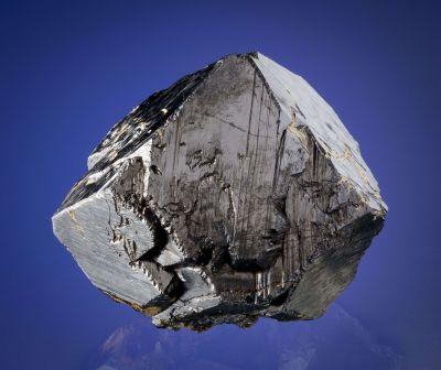 Magnetite (Huge Crystal)