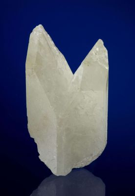 Amblygonite (Twinned)