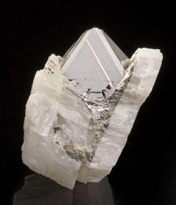 Carrollite in Calcite