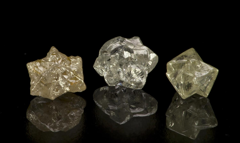 Diamond Suite of 11 Stones | iRocks Fine Minerals