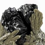 Ilvaite With Quartz Included By Hedenbergite