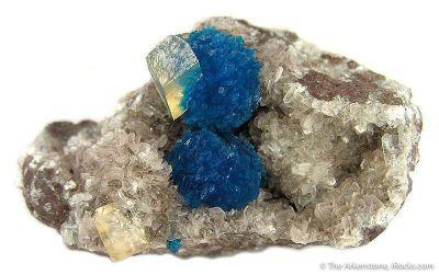 Cavansite and Calcite on Stilbite