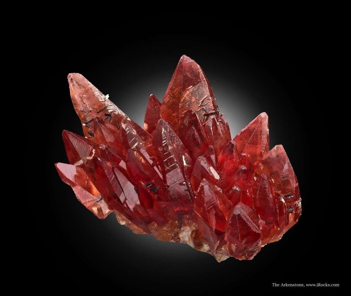 Rhodochrosite With Manganite