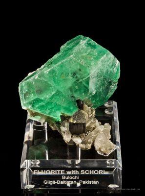 Fluorite With Schorl and Quartz