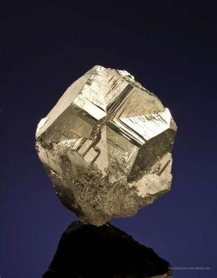 Pyrite (Iron Cross Twin)
