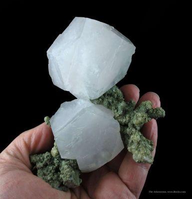 Calcite Var. Manganoan (Fluorescent)