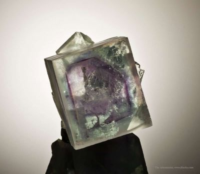Fluorite (Phantoms) in Cube