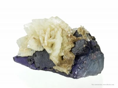 Baryte on Fluorite
