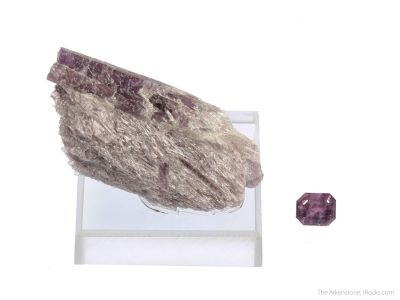 Tremolite var. Hexagonite (rough and cut set)