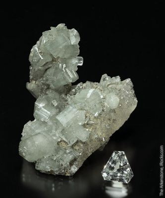 Apatite and Quarz (rough and cut set)