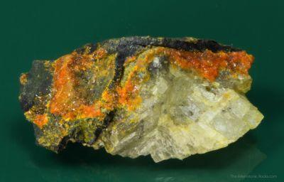 Huemulite and Pascoite