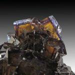 Fluorite (fl) on Sphalerite