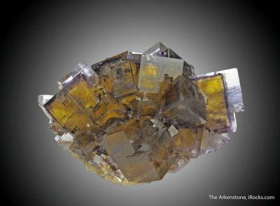 Fluorite  with sharp phantoms