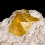 Fluornatromicrolite on Lepidolite