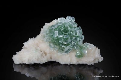 Apophyllite on Stilbite