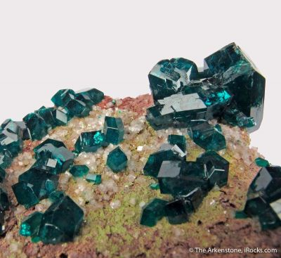 Dioptase with Calcite and Duftite