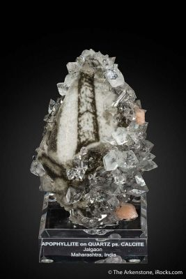 Apophyllite on Quartz on Calcite