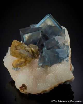 Fluorite on Quartz with Baryte (Illustrated)