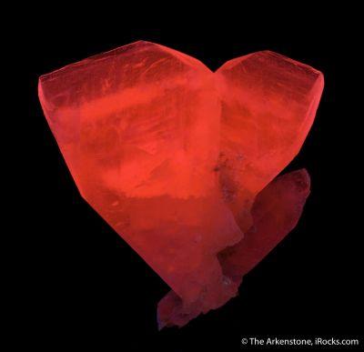 Calcite (twin) var. Manganoan (fluor.)