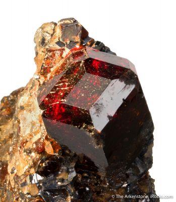 Spessartine (pocket crystal)