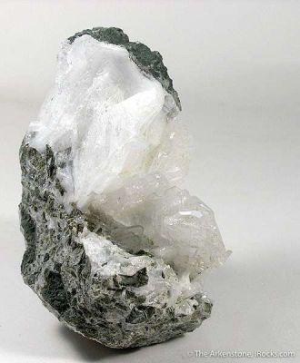 Yugawaralite
