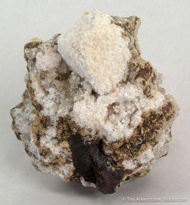 Oyelite on Calcite