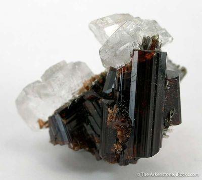 Vesuvianite With Calcite