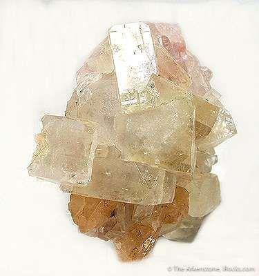 Fluorapophyllite and Powellite