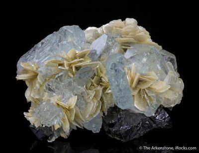 Aquamarine, Muscovite, Cassiterite