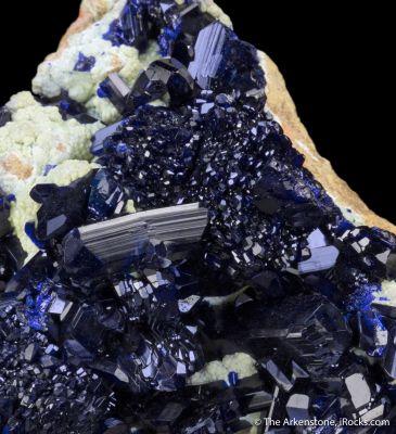 Azurite, Smithsonite
