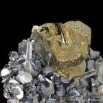 Chalcopyrite on Galena and Quartz with Pyrite