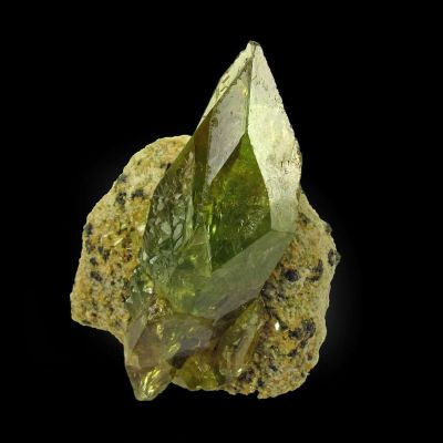 Titanite (twinned)