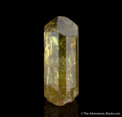 Fluorapatite gem crystal