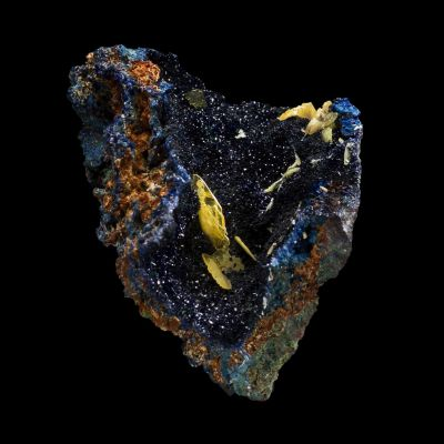 Wulfenite on Azurite