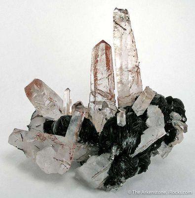 Quartz With Hematite Inclusions on Hematite