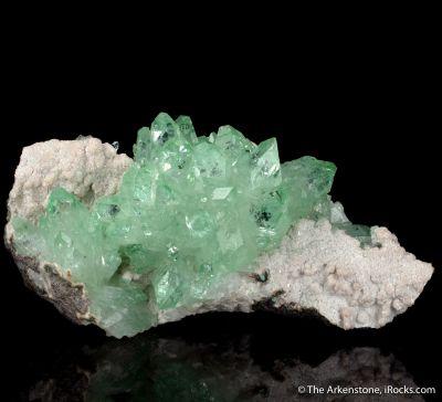 Fluorapophyllite  (old style, 1980s)
